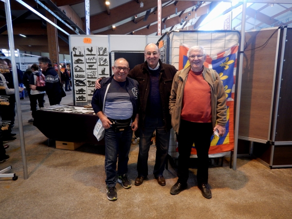 Marcel au centre et à droite Jacques